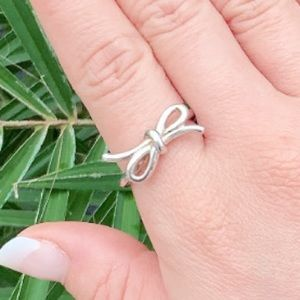 Sterling Bow Ring